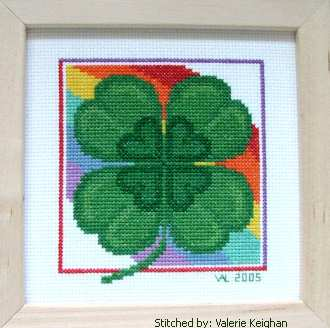 cross stitch pattern St. Patrick's Day Shamrock
