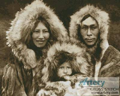 cross stitch pattern Inuit Family