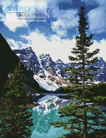 cross stitch pattern Moraine Lake Photo