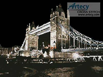 cross stitch pattern Tower Bridge at Night