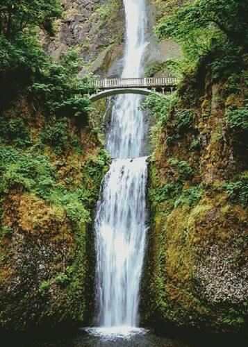 cross stitch pattern Multnomah Falls (Large)