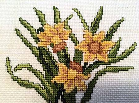 cross stitch pattern Daffodil Bouquet Picture
